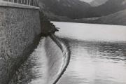 Le lac de l'Oule; le déversoir