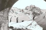 Tunnel sur l' ancienne route du Pic du Midi