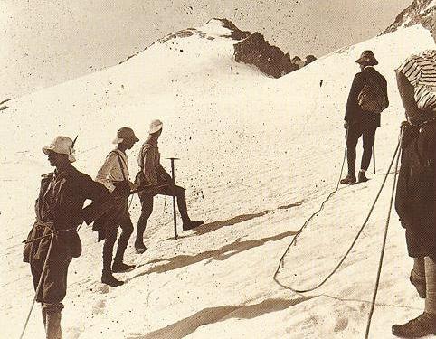 Cordée sur l'Aneto en 1919