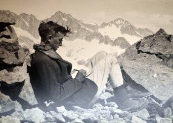 Jean Arlaud rédigeant ses Carnets