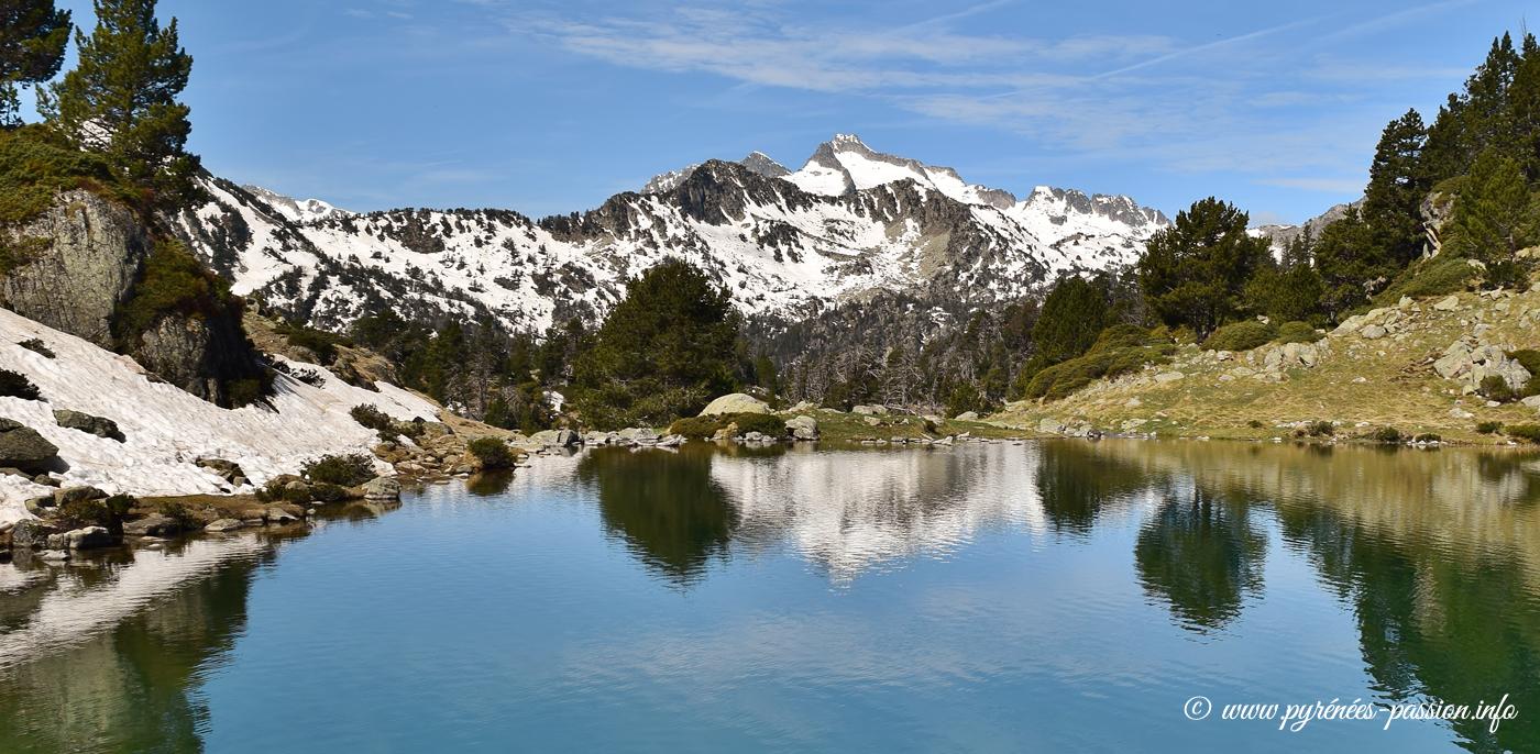 Le lac de Bastan inférieur