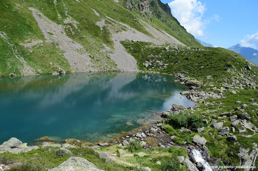 Le lac d'Antarrouyes