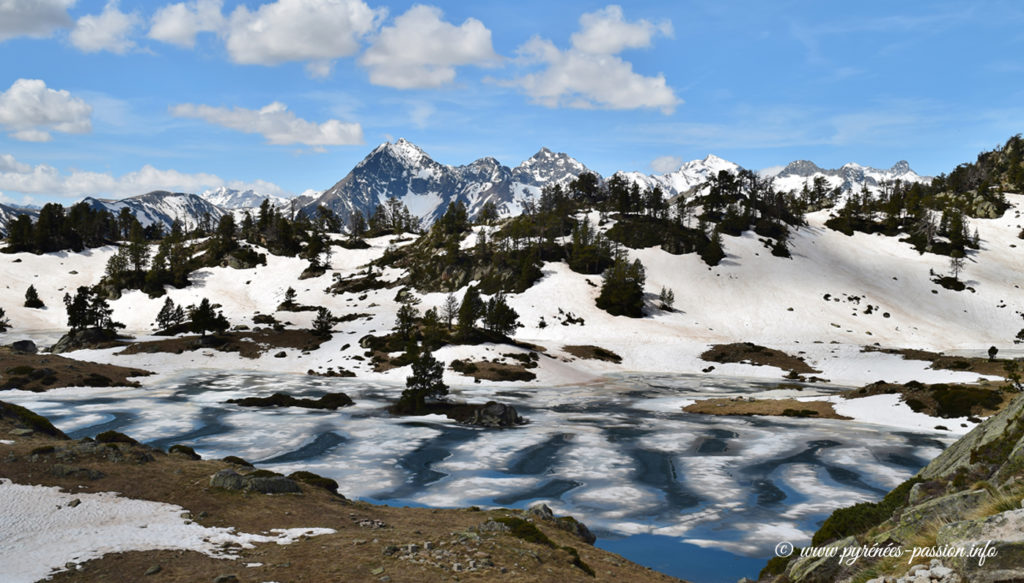 Le lac du Milieu du Bastan
