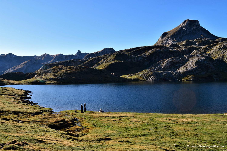 Le lac Roumassot et le pic Casterau