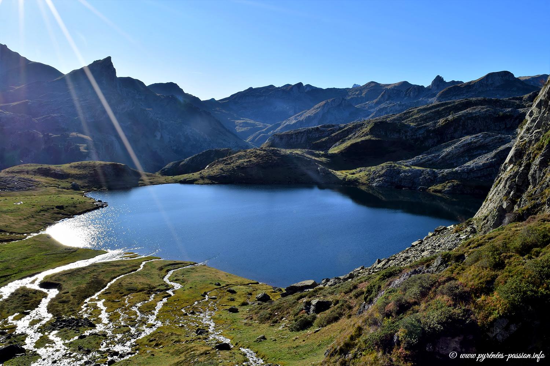 Le lac Roumassot est un des trois lacs d'Ayous