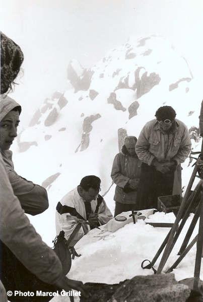 Messe à la mémoire de Jean Arlaud au sommet des Gourgs-Blancs