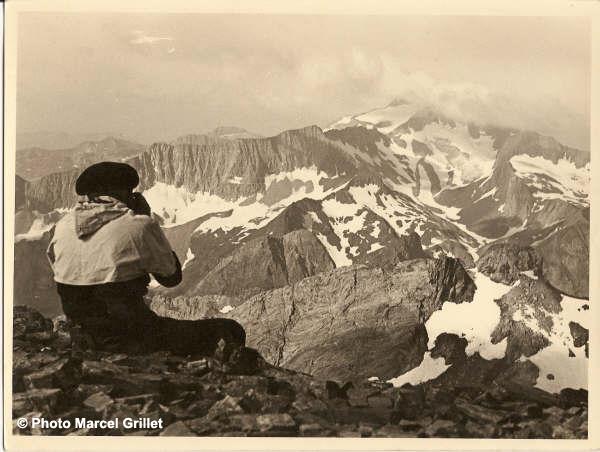 Les Posets vus des Gourgs Blancs Août 1937