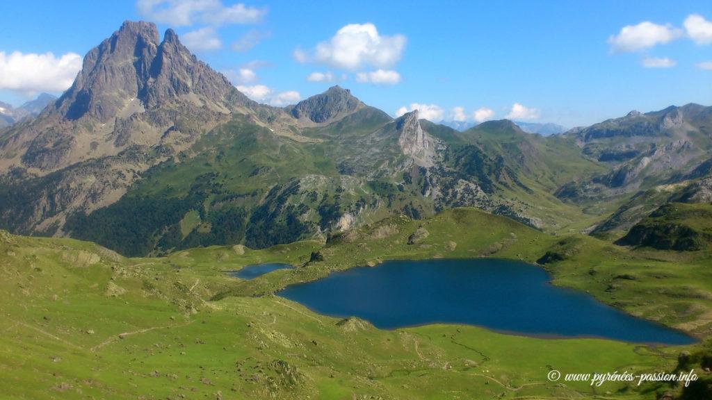 Le refuge d'Ayous et le pic du Midi d'Ossau