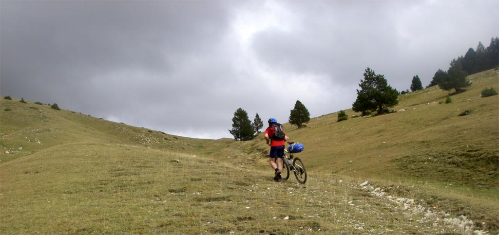 La traversée des Pyrénées en VTT - Etape 12: arrivée au col del Collellvé