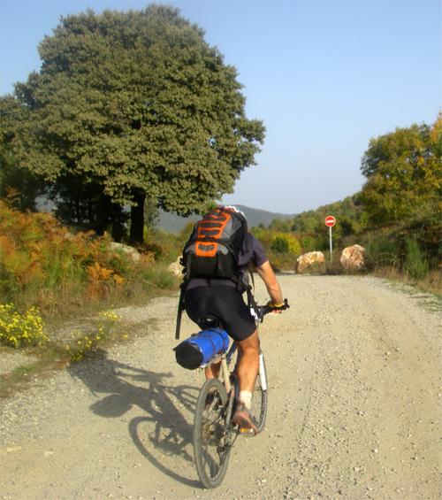 La traversée des Pyrénées en VTT Etape 15 Arrivée au col de Manrella