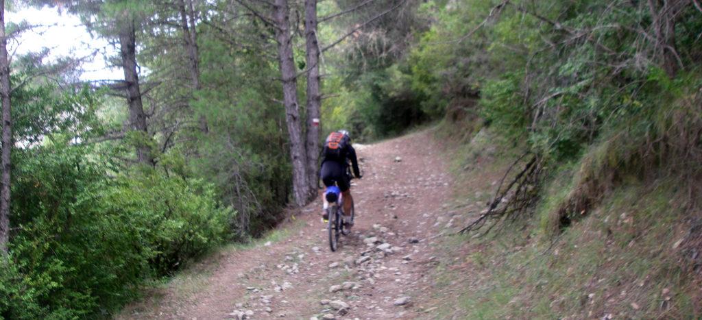 VTT traversée des Pyrénées - Etape 7: Le GR 19 à Lafortunada